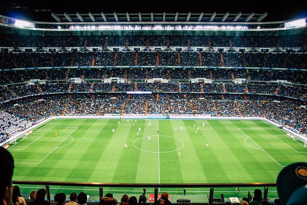 Cara Bermain Taruhan Bola Online yang Menguntungkan